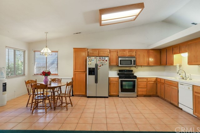 322 Park Sharon Dr, Los Banos, CA 93635 Photo 10