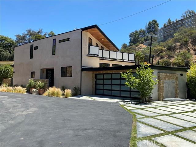 2. 2743 Laurel Canyon Boulevard Los Angeles, CA 90046