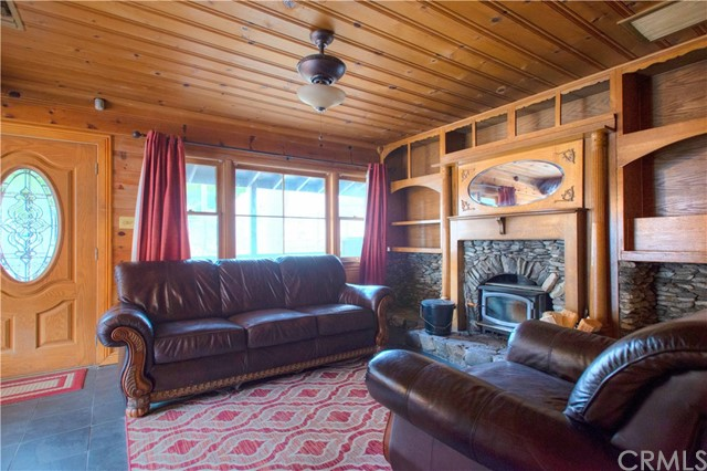 13993 Middle Fork Rd, Lytle Creek, CA 92358 Photo 4