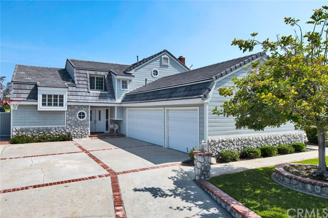 5261 E Fairlee Court, Anaheim Hills, California