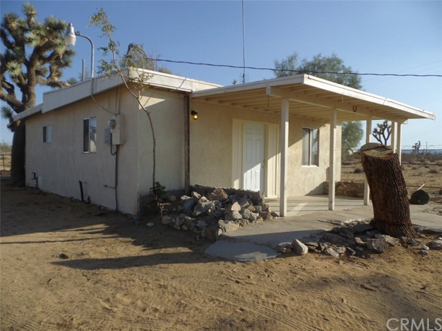 1717 Goat Mountain Road, Yucca Valley, CA 92285