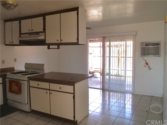 10381 Kimberly Av, Montclair, CA 91763 Photo 12