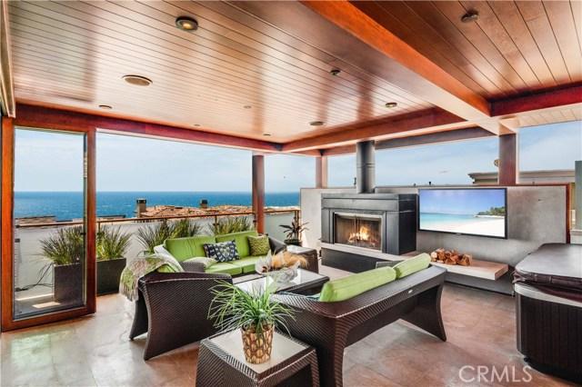 117 17th Street, Manhattan Beach, California 90266, 3 Bedrooms Bedrooms, ,3 BathroomsBathrooms,Single Family Residence,For Sale,17th,SB20242456