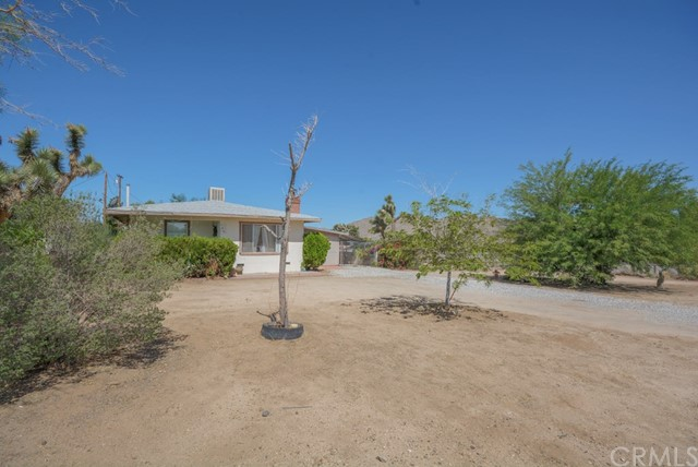 7436 Barberry Avenue, Yucca Valley, CA 92284