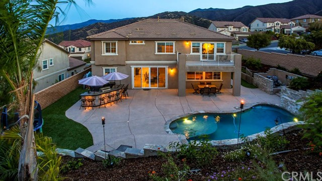 7902 Summer Day Drive, Corona, CA 92883