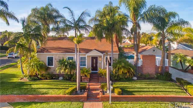 4721 E Los Coyotes Diagonal, Long Beach, CA 90815