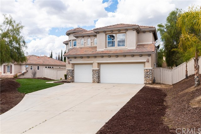 31564 Stoney Creek Drive, Lake Elsinore, CA 92532