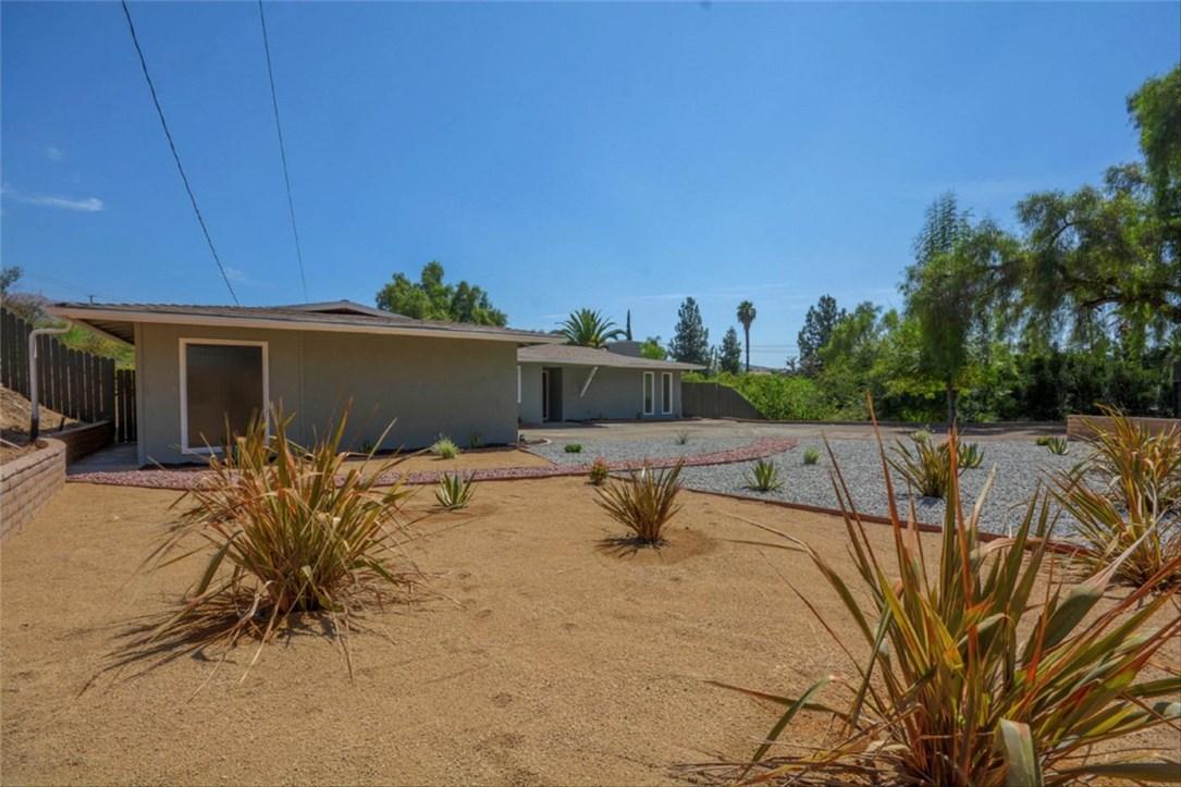 768 S University Drive, Riverside, CA 92507