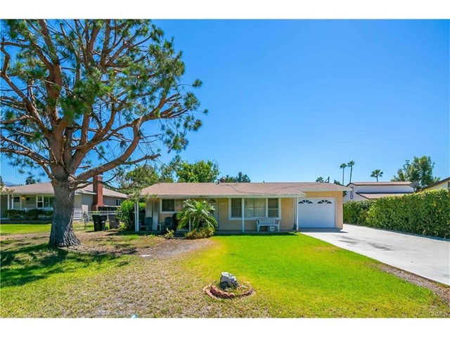318 N Valley Center Avenue, San Dimas, CA 91773