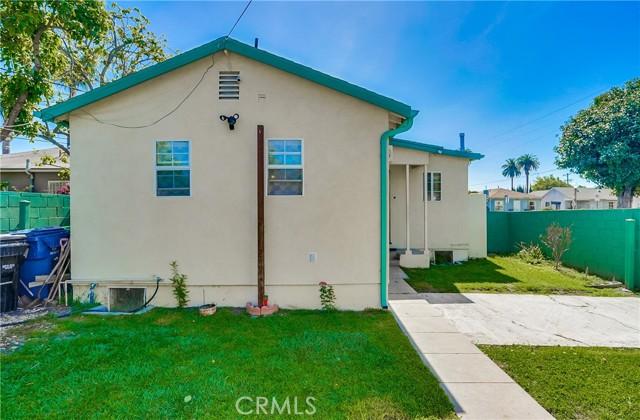51. 2661 Thurman Avenue Los Angeles, CA 90016