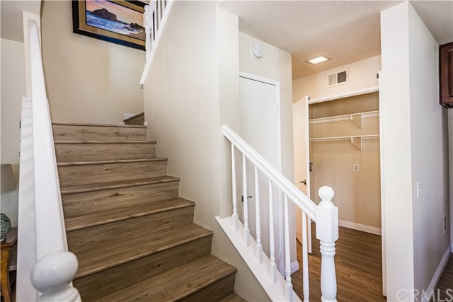 The hardwood-style floors are on the stairs too!
