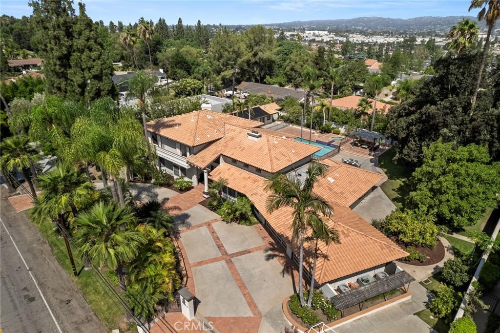 Photo of 417 W Las Palmas Drive, Fullerton, CA 92835
