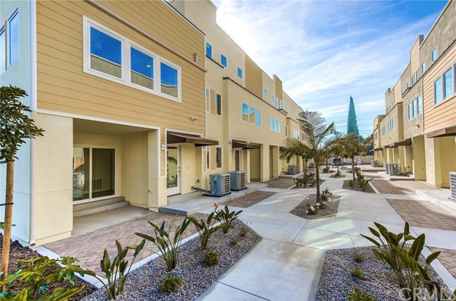 1525 S Euclid Street 109, Anaheim, CA 92802