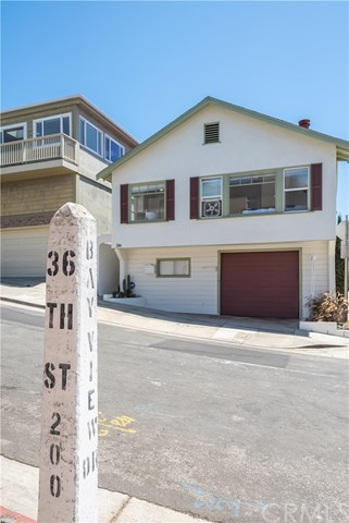 216 36th Street, Manhattan Beach, California 90266, 2 Bedrooms Bedrooms, ,2 BathroomsBathrooms,For Sale,36th,SB20149445