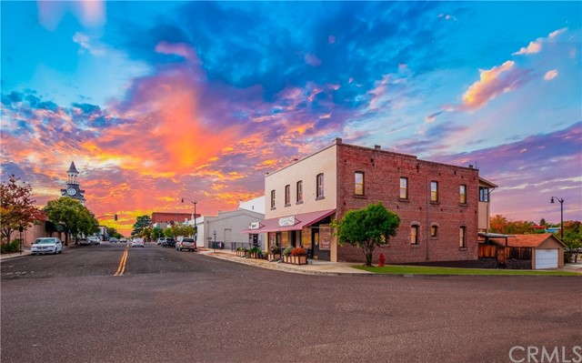 204 Walnut Street, Red Bluff, CA 96080