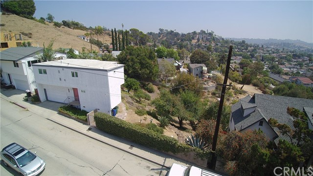 1900 Phillips Way, Los Angeles, CA 90042