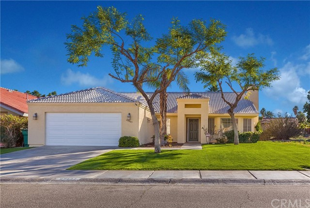 68805 Tachevah Drive, Cathedral City, CA 92234