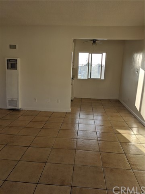 8012 Duesler Lane, Downey, California 90242, 1 Bedroom Bedrooms, ,1 BathroomBathrooms,Residential,For Rent,Duesler,DW20096988