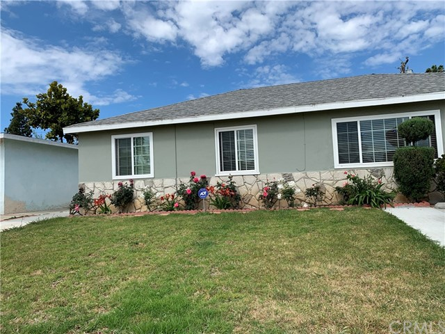 18809 Towne Avenue, Carson, CA 90746
