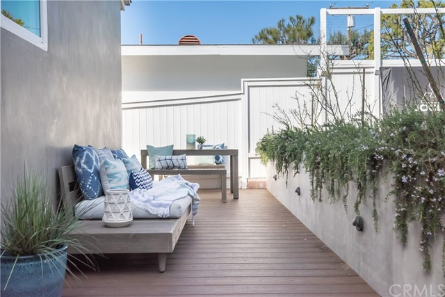 3520 Walnut Avenue, Manhattan Beach, California 90266, 3 Bedrooms Bedrooms, ,2 BathroomsBathrooms,For Sale,Walnut,SB21036889