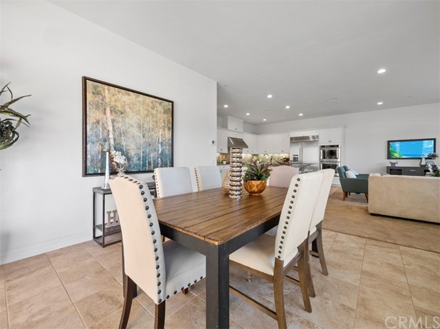 11. 58 Big Bend Way Lake Forest, CA 92630