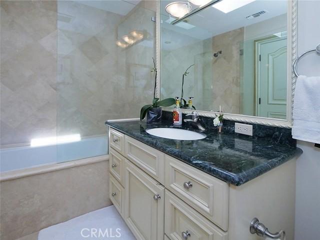 Bathroom in Ensuite Bedroom #4