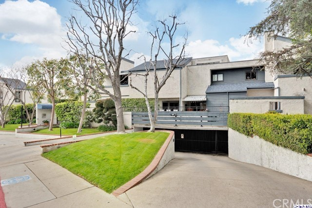 1333 Valley View Road 4, Glendale, CA 91202