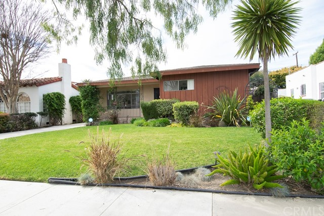 3725 Cerritos Avenue, Long Beach, CA 90807