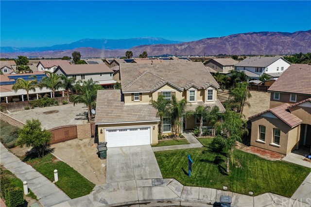 235 Peregrine Lane, San Jacinto, CA 92582