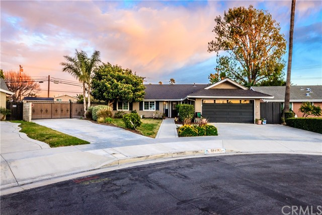 5962 Par Circle, Huntington Beach, CA 92649
