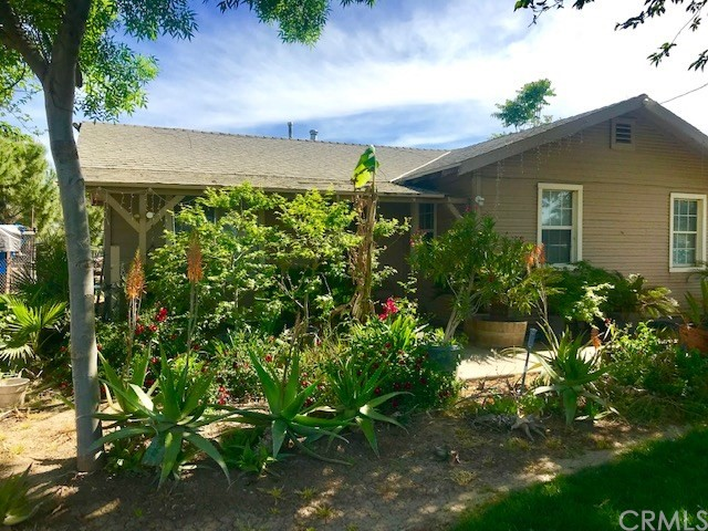 40 W Dickenson Ferry Road, Merced, CA 95341