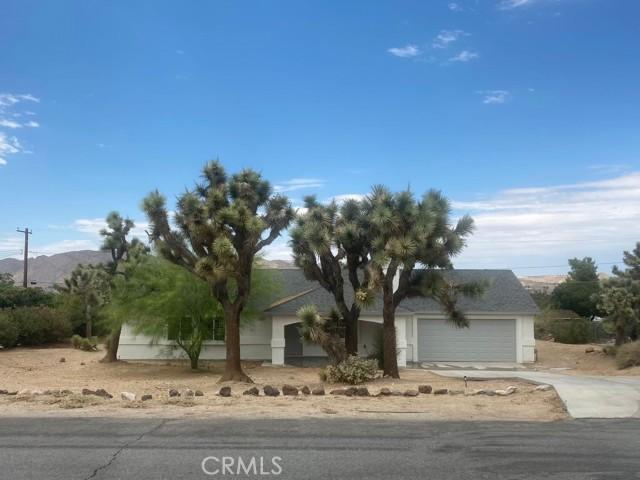26. 56488 El Dorado Drive Yucca Valley, CA 92284
