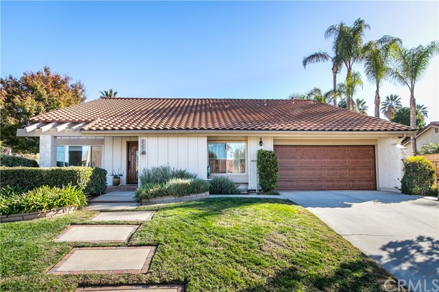 227 Gabrielle Way, Redlands, CA 92374