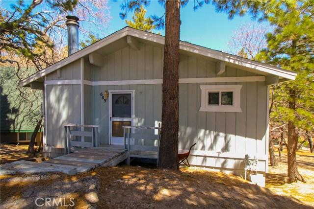 609 Dahlia Drive, Green Valley Lake, CA 92341