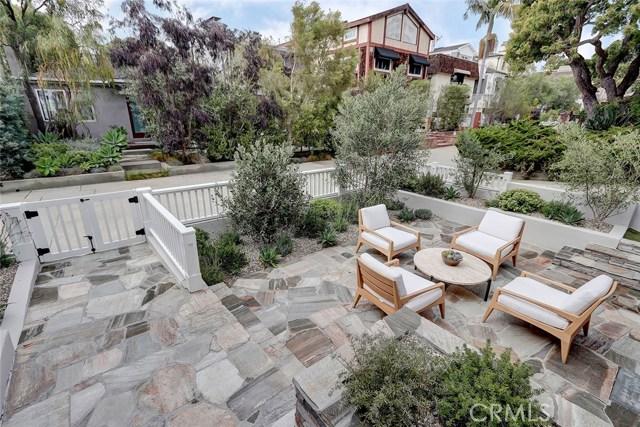 412 8th Street, Manhattan Beach, California 90266, 5 Bedrooms Bedrooms, ,6 BathroomsBathrooms,For Sale,8th,SB20144839