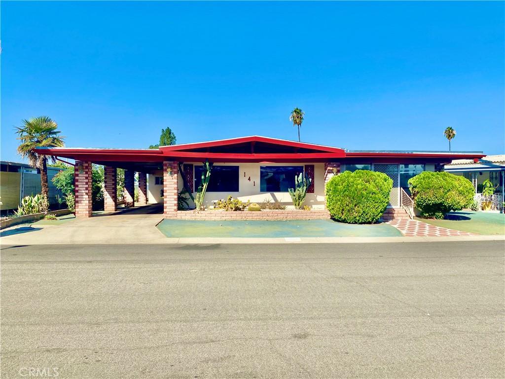 141     San Mateo Circle, Hemet CA 92543