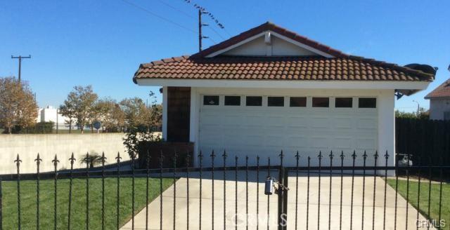 750 S Barron, Compton, CA 90220
