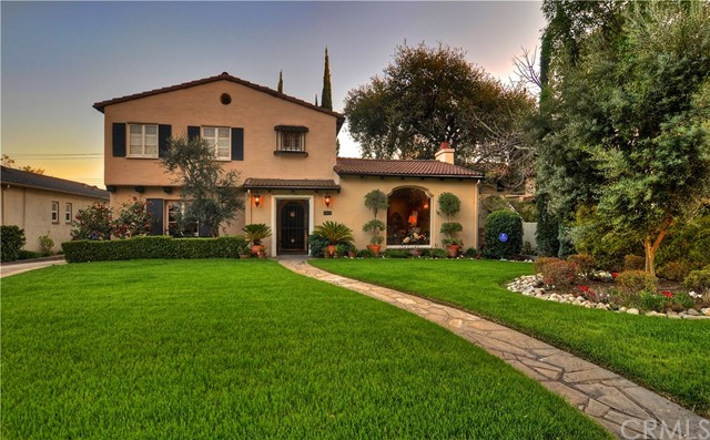 1882 E MOUNTAIN Street, Pasadena, CA 91104