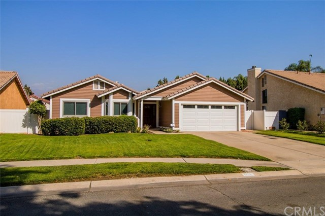 1214 Country Place, Redlands, CA 92374