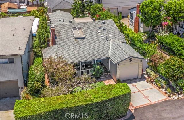 37. 575 Blumont Street Laguna Beach, CA 92651