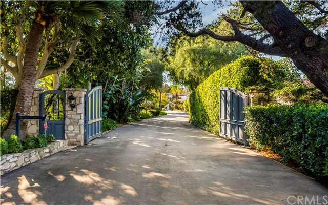 6. 909 Via Coronel Palos Verdes Estates, CA 90274