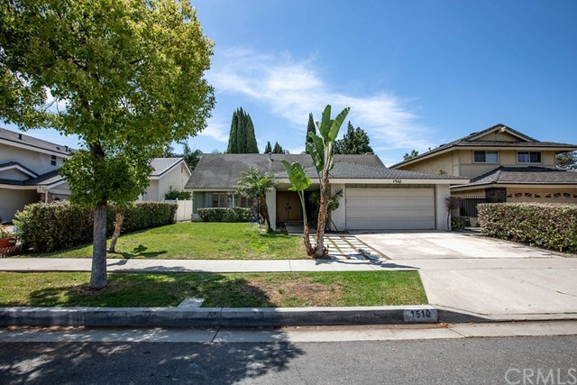 1510 W Carriage Drive, Santa Ana, CA 92704