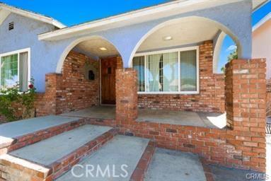 2832 E Thompson Street, Long Beach, CA 90805