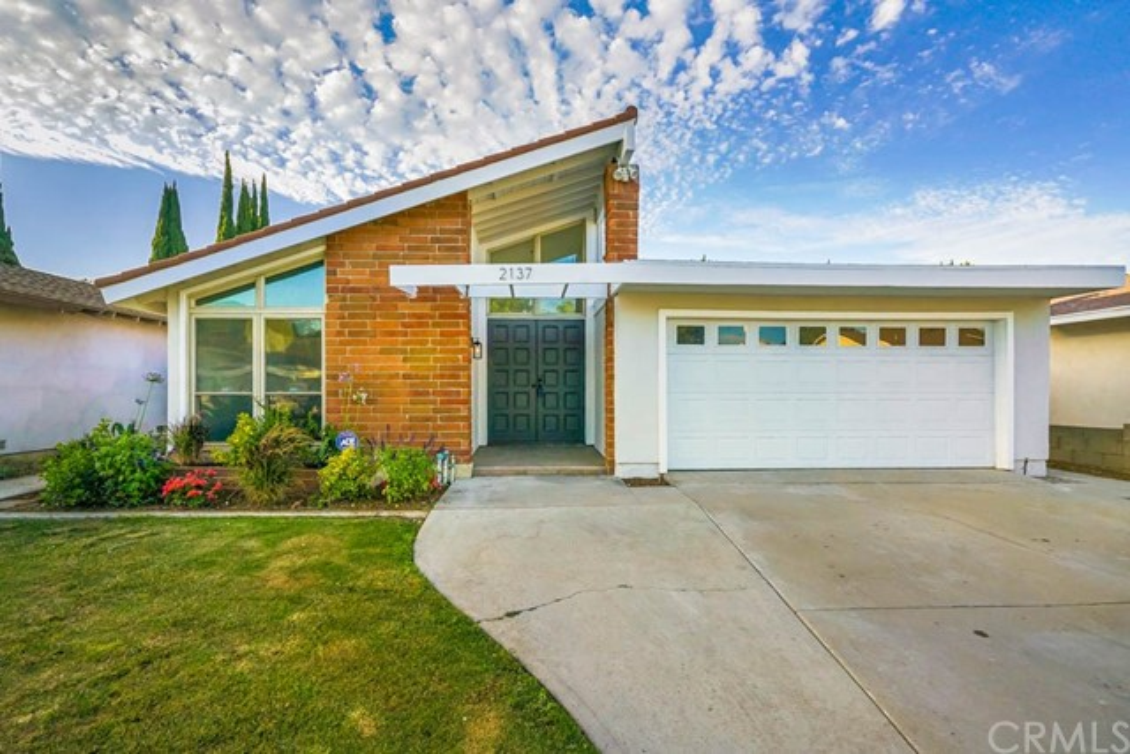 2137 Denmead Street, Lakewood, CA 90712