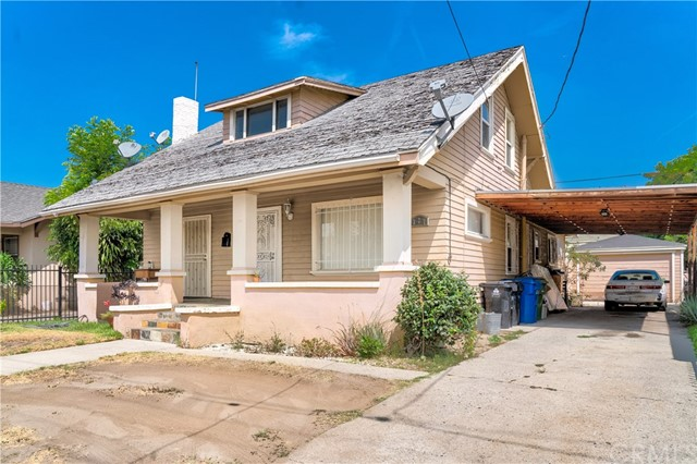 327 W 52nd Place, Los Angeles, CA 90037