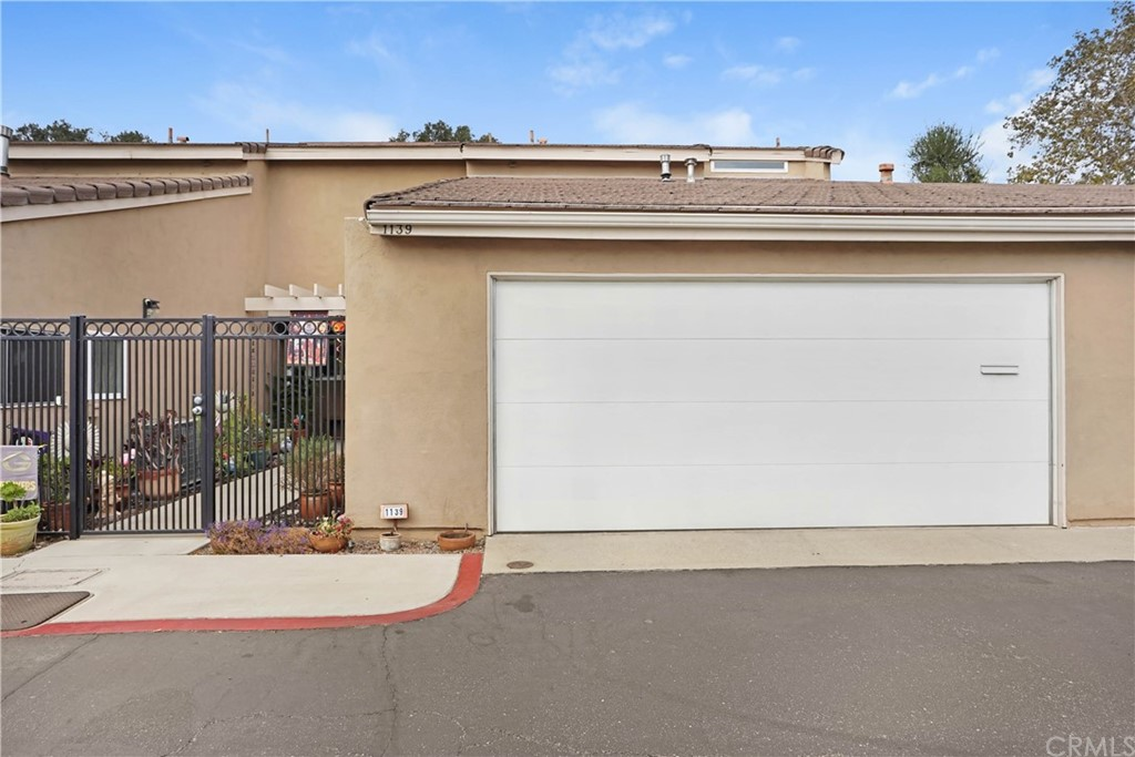 Photo of 1139 Mountain Gate Road, Upland, CA 91786
