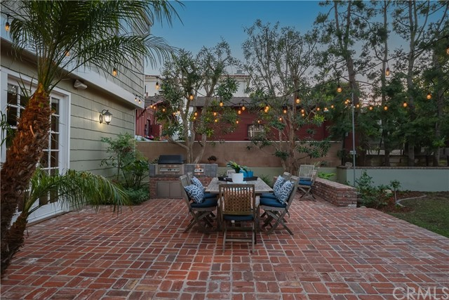 Entertainers delight brick patio and BBQ area.