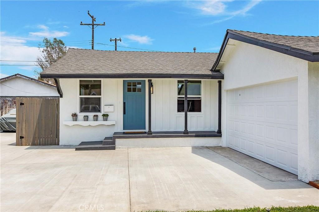 11521     Massinger Street, Lakewood CA 90715
