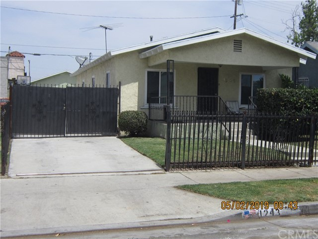 1243 E 73rd Street, Los Angeles, CA 90001