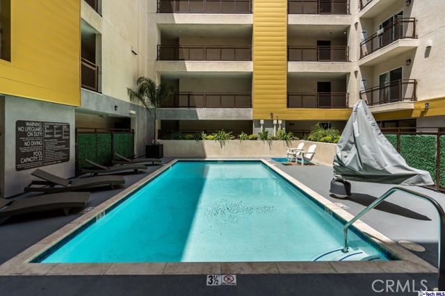41. 2939 Leeward Avenue #507 Los Angeles, CA 90005